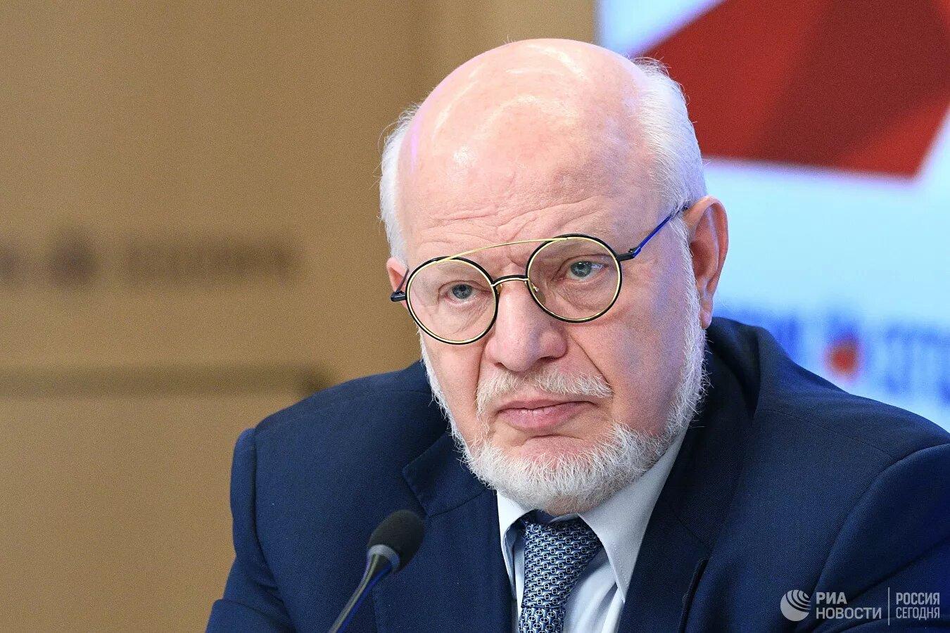 """Экс-глава СПЧ оценил идею отмены оговорки """"подряд"""" в Конституции"""