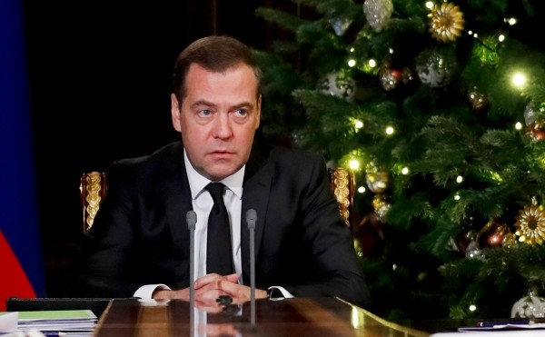 Медведев назвал срок задержки «Северного потока-2» из-за санкций США