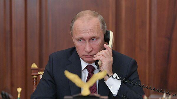 Путин и Жээнбеков обменялись поздравлениями с Новым годом