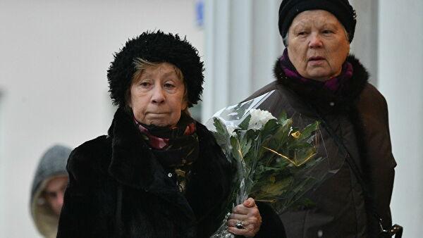 Галину Волчек похоронили на Новодевичьем кладбище