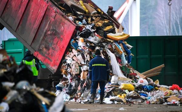 Чемезов предложил назначить «Ростех» оператором промышленного мусора