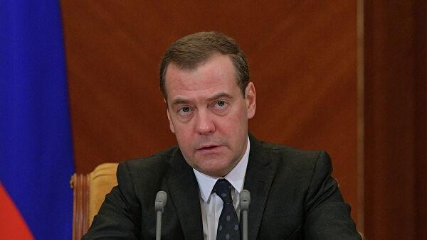 Медведев утвердил план развития инфраструктуры Севморпути до 2035 года