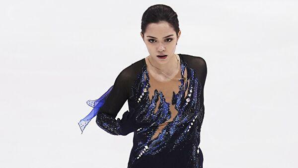 Медведева рассказала, почему не смогла выступать в новых коньках
