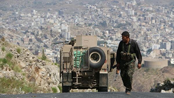 СМИ: жертвами взрыва на военном параде в Йемене стали девять человек