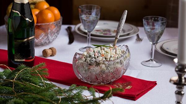 Эксперты рассказали, какую еду россияне заказывали в новогоднюю ночь