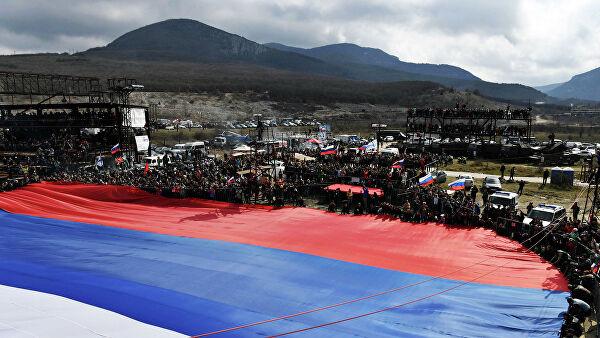 В Крыму прокомментировали слова Поклонской о проблемах с паспортами