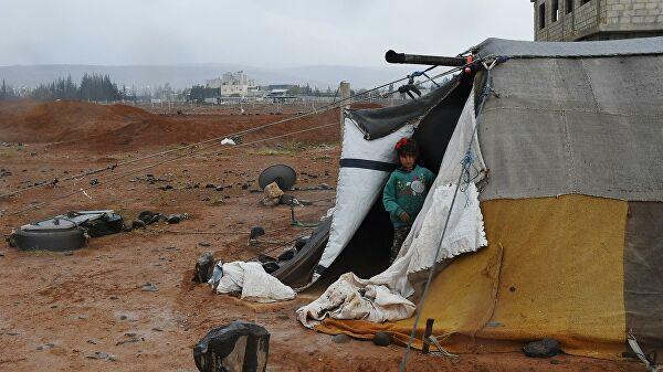 В Сирию за сутки вернулась почти тысяча беженцев из Иордании и Ливана