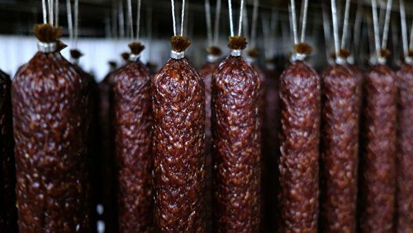 В Минздраве рассказали о безопасной порции колбасы