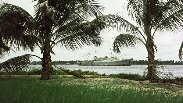 Пираты захватили контейнеровоз у берегов Нигерии