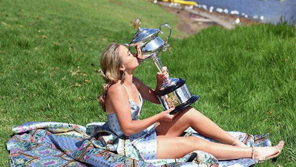 Итоги Australian Open: восьмая победа Джоковича и сенсация от Кенин