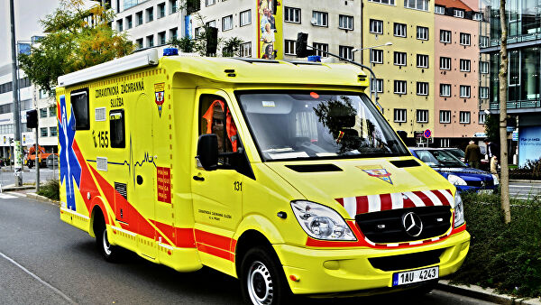 Пять эвакуированных из Китая граждан Чехии доставили в Прагу