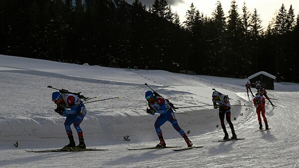 Итальянская полиция провела обыски в номерах российских биатлонистов