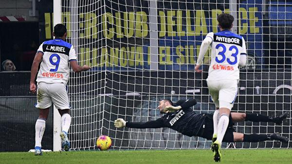 Шесть матчей чемпионата Италии пройдут без зрителей из-за коронавируса