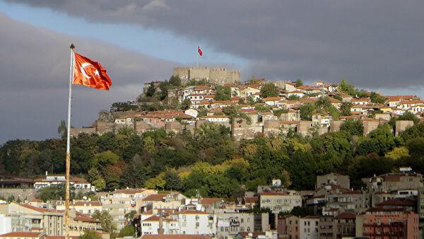 Турция признала, что не может сдерживать поток беженцев из Сирии