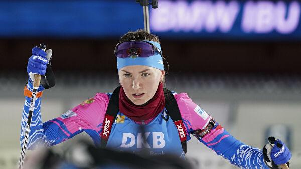 Российские биатлонисты выиграли серебро в смешанной эстафете на ЧЕ