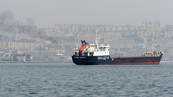"""Судовладелец задержанного танкера """"Залив Восток"""" выехал в Южную Корею"""