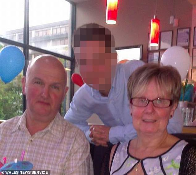 Муж не выдержал карантина и убил 67-летнюю жену