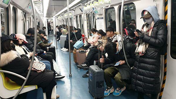 В Ухане частично возобновило работу метро