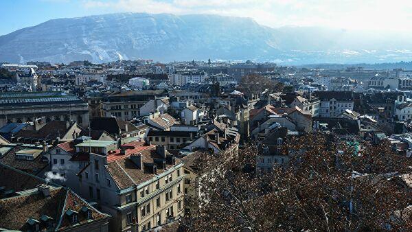 В Женеве запретили мероприятия с участием свыше ста человек