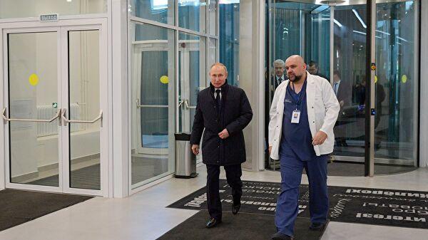 Песков рассказал о поездке Путина в больницу в Коммунарке