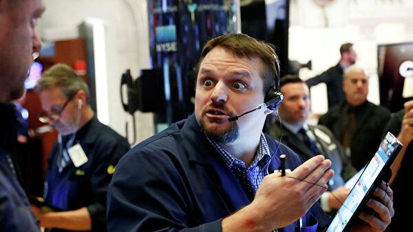Американский рынок акций растерял весь рост, набранный при Трампе