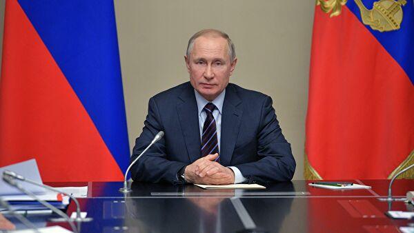 Путин проведет встречи с главами Крыма и Севастополя