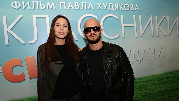 Оксана Самойлова заявила, что подает на развод с Джиганом