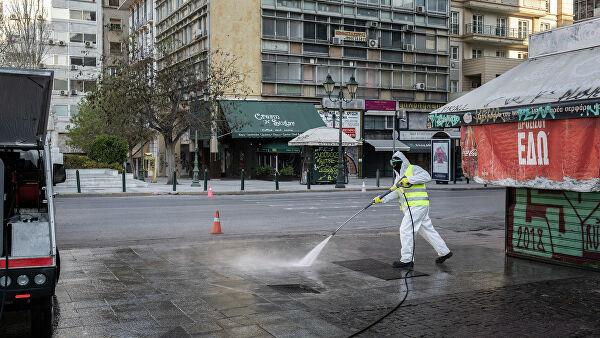 Премьер Греции заявил об улучшении ситуации с коронавирусом в стране