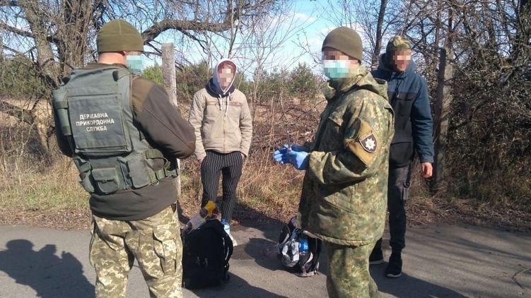 Два украинца решили самоизолироваться в Чернобыле