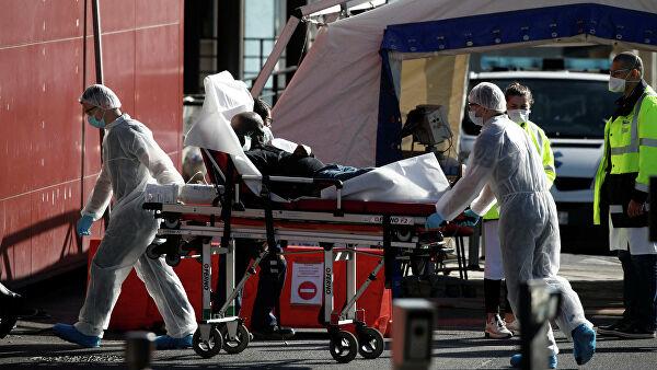 Число жертв коронавируса во Франции возросло до 4503 человек