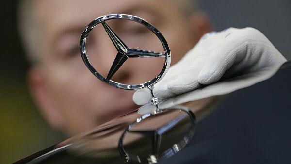 Mercedes отзывает 494 внедорожника G-класса