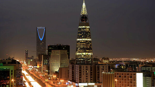 Эр-Рияд опроверг заявления о желании подорвать сланцевую нефтедобычу