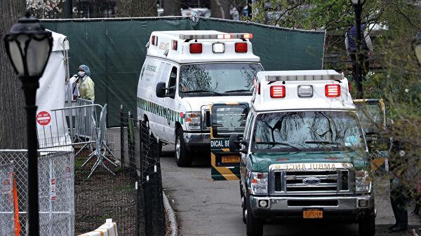 В штате Нью-Йорк число жертв коронавируса за сутки составило 606 человек