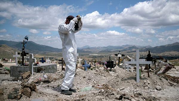 В Мексике число жертв коронавируса превысило семь тысяч человек