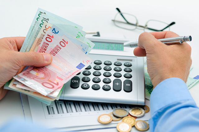 Россияне разобрали всю валюту из банков
