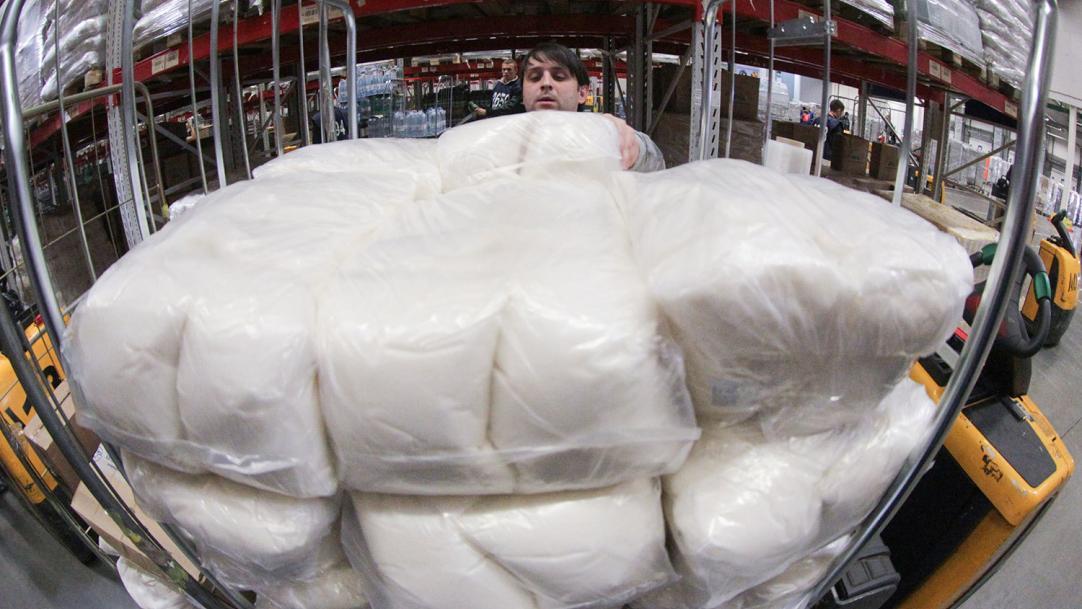 Более 1 млн тонн белого порошка вывезли из России за год