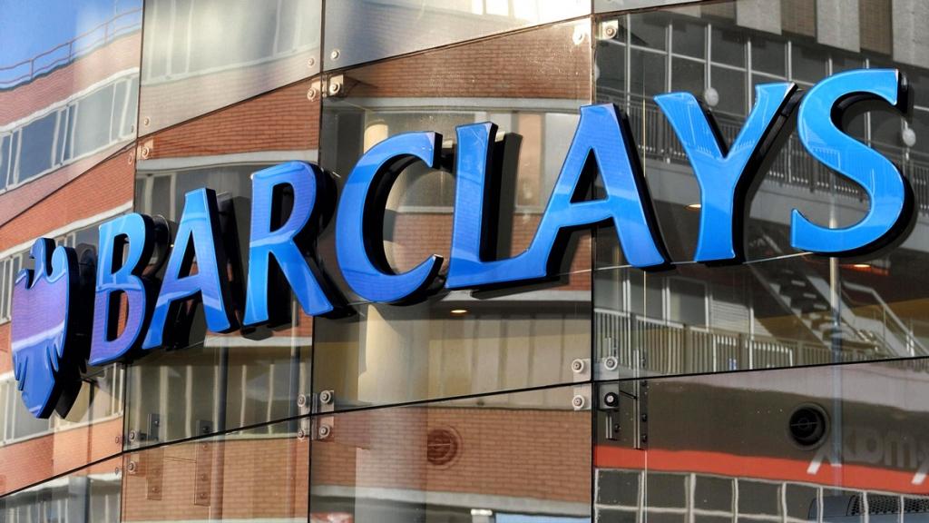 Barclays советует богатым клиентам скупать американские акции и уходить с развивающихся рынков