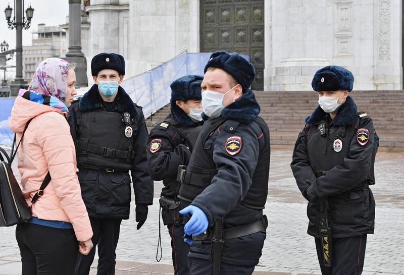 Нарушителям карантина выписали штрафов на миллиард рублей