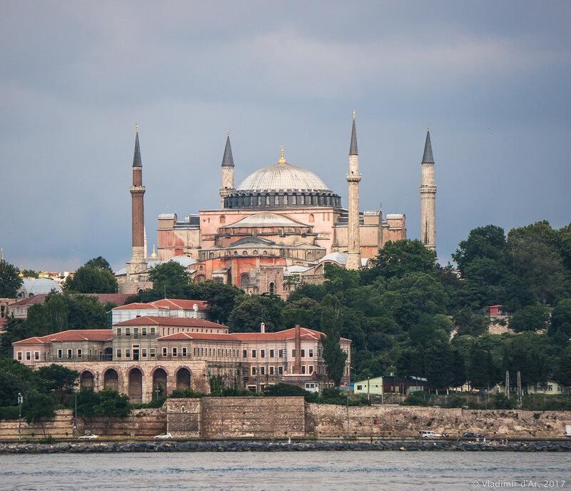 Собор Святой Софии превратят в мечеть