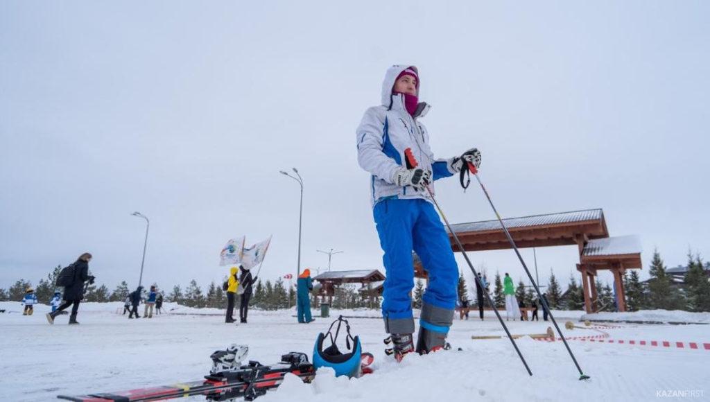Теплая погода принесла убытки продавцам зимнего спортинвентаря