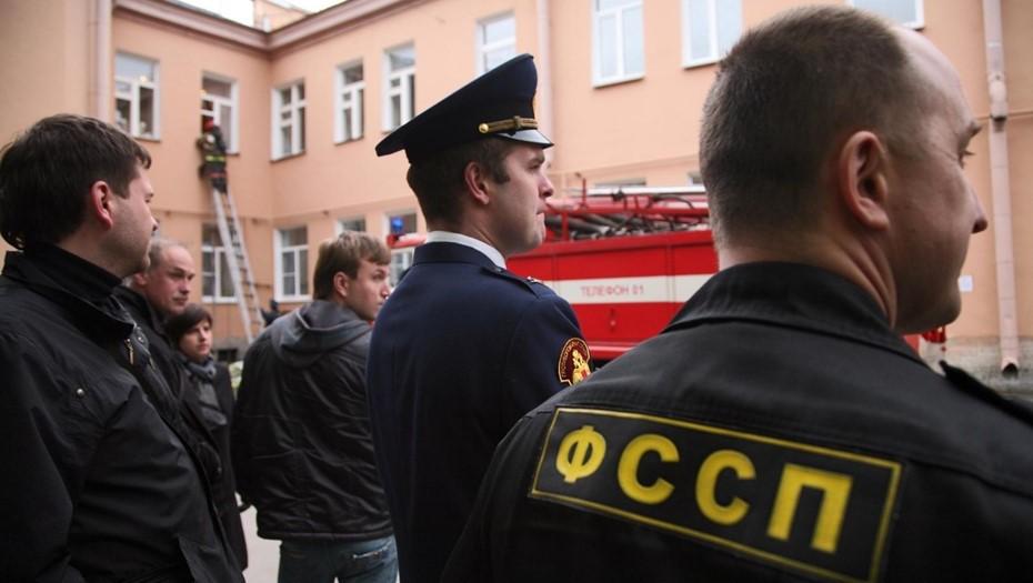 Петербургские должники вернули 53 млн рублей из-за запрета вождения