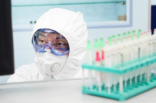 Инфекционист считает, что COVID-19 никуда не денется в ближайшие годы