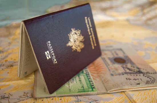 Иностранным родственникам россиян упростят получение визы