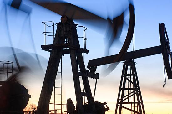 Эксперт объяснил падение цен на нефть приближением выборов в США