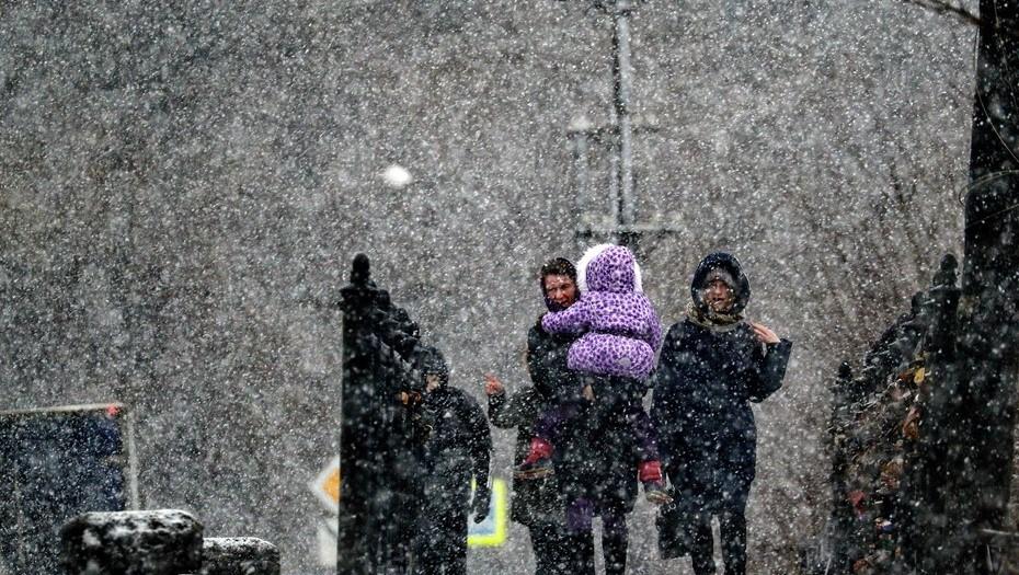МЧС предупредило о мокром снеге в Ленобласти