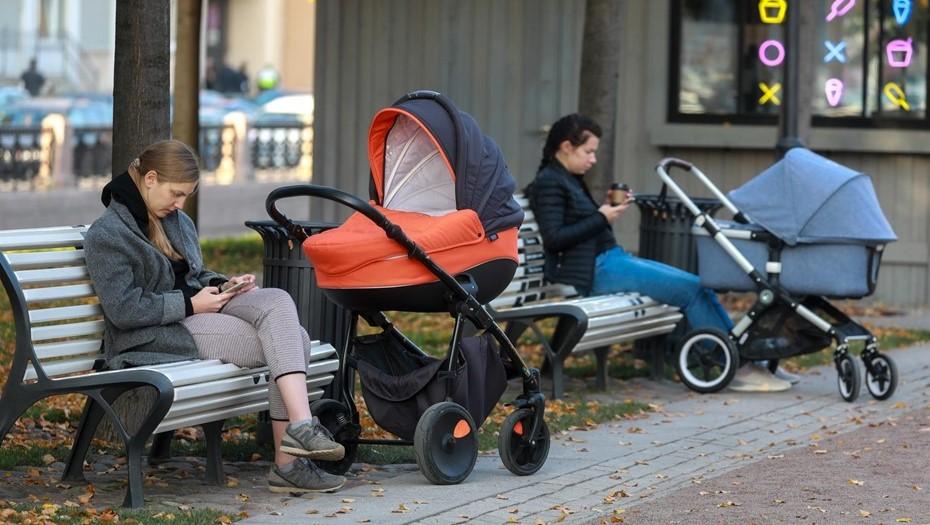 Молодые семьи в Петербурге получат полмиллиарда на покупку жилья