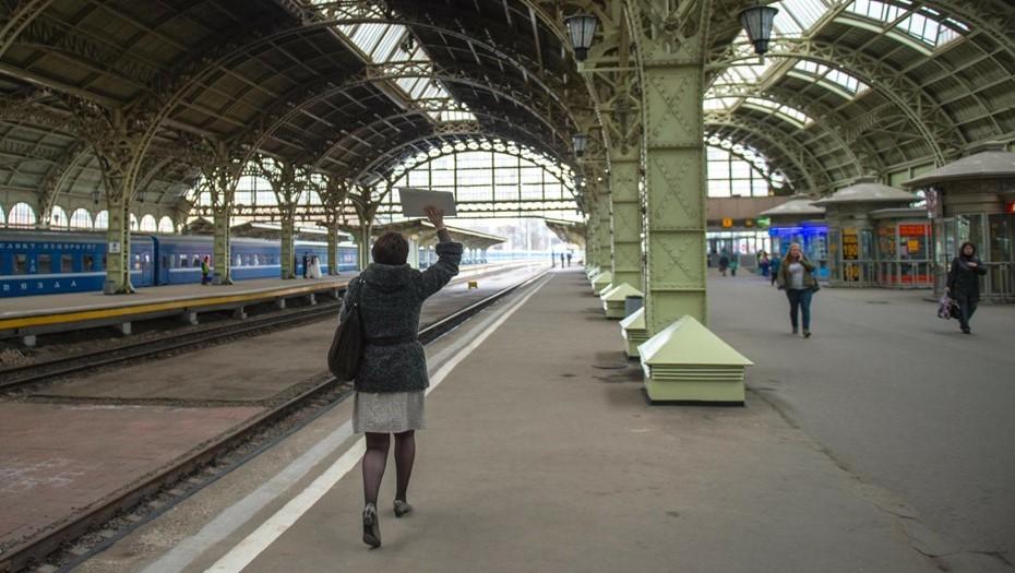 Около 90% петербуржцев стали использовать маски на вокзалах