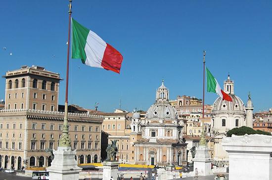 Премьер-министр Италии подписал декрет об усилении мер против COVID-19