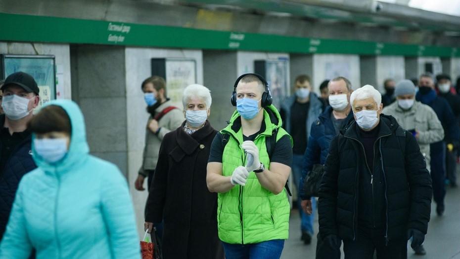 Психолог объяснила, почему петербуржцы изменили отношение к маскам