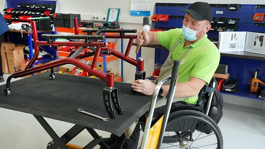 В Калининграде открыли производство инвалидных электроколясок